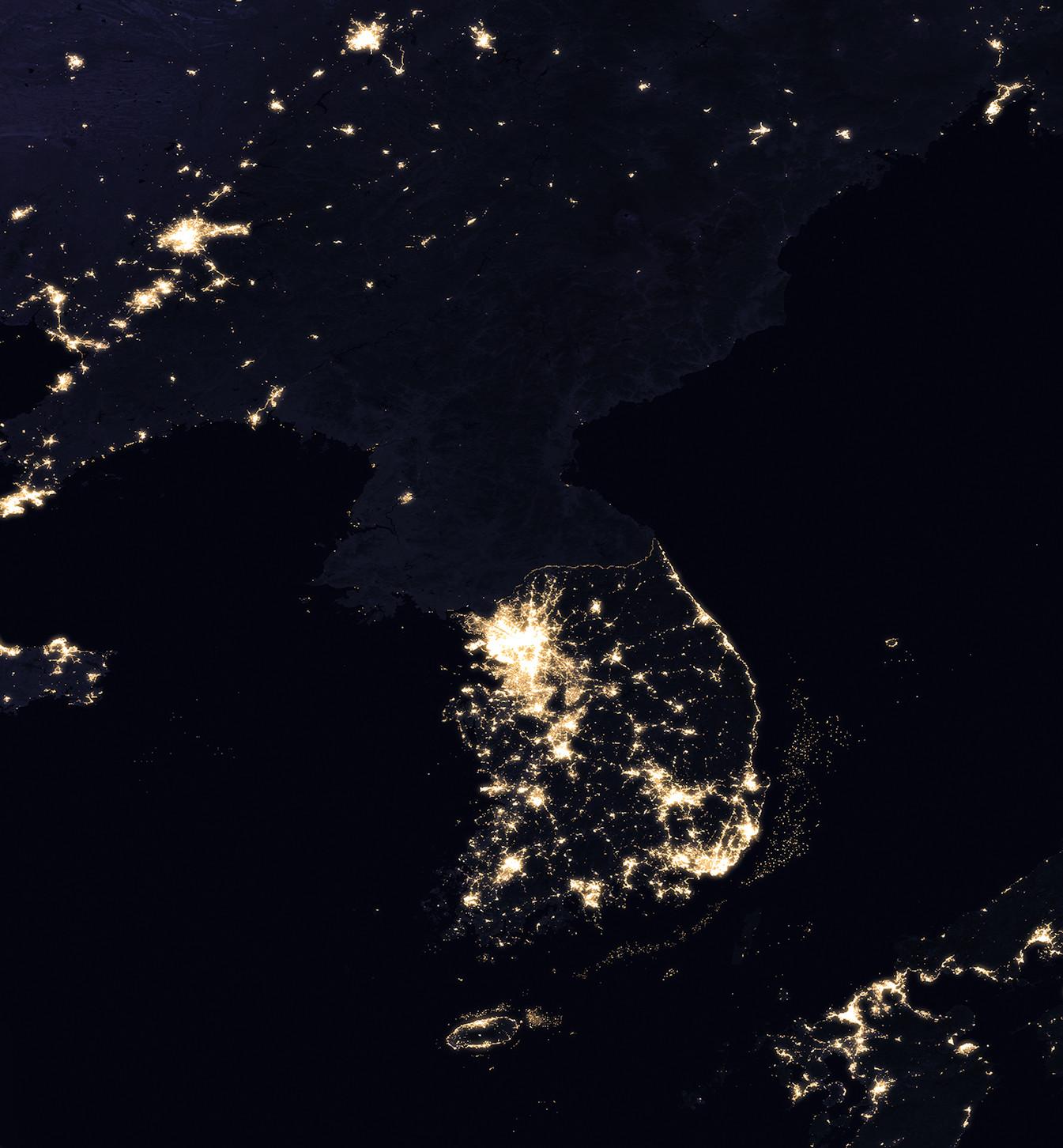 чтобы интерьер северная корея фото со спутника отметить